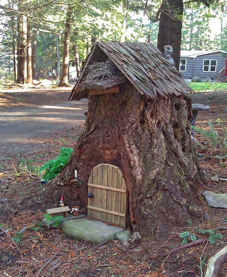 Old Tree Stump Ideas (21)